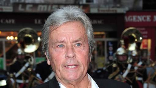 Alain Delon Hospitalisé - Resonews
